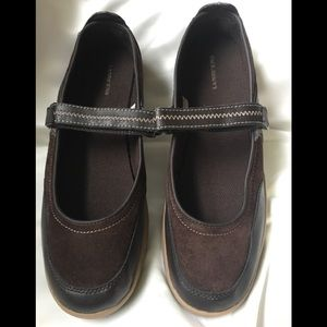 Land's End Mary Jane shoes